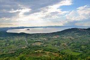 Vista del lago di Bolsena da Montefiascone (VT) Questa foto la dedico al mio amico Ippolito.