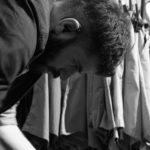 FABRIZIO – COMMESSO Tenore, è al secondo anno di conservatorio. Il suo sogno è quello di vivere grazie alla sua voce.